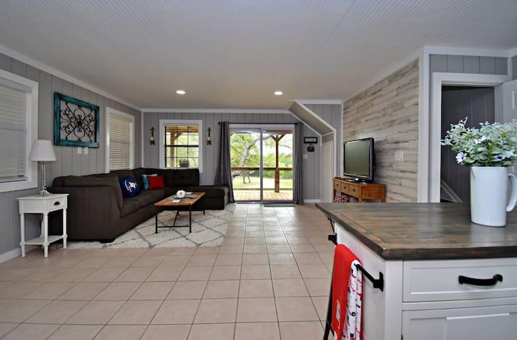 Spacious living area and sleeper sofa