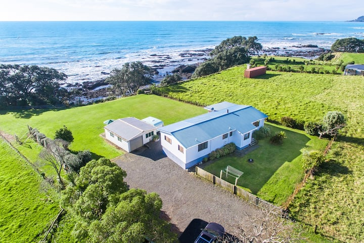 Airi Kainga - Seaside Holiday Home