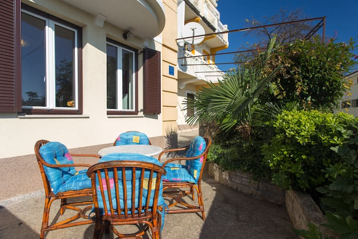 Apartment Zimm for 3 people in center of Opatija