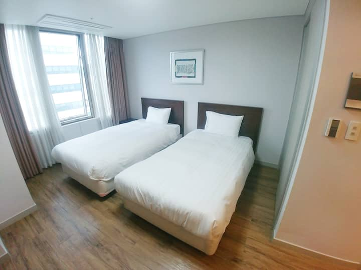 [Seoul Central] Fully equipped, 1min to metro Stn
