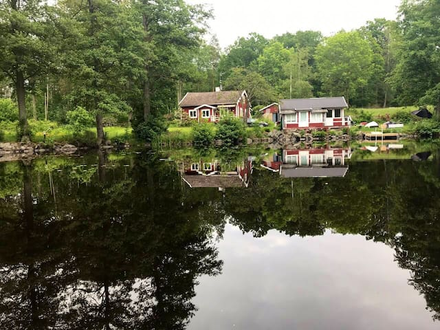 Cottage in Nature Waterfront Aircondition