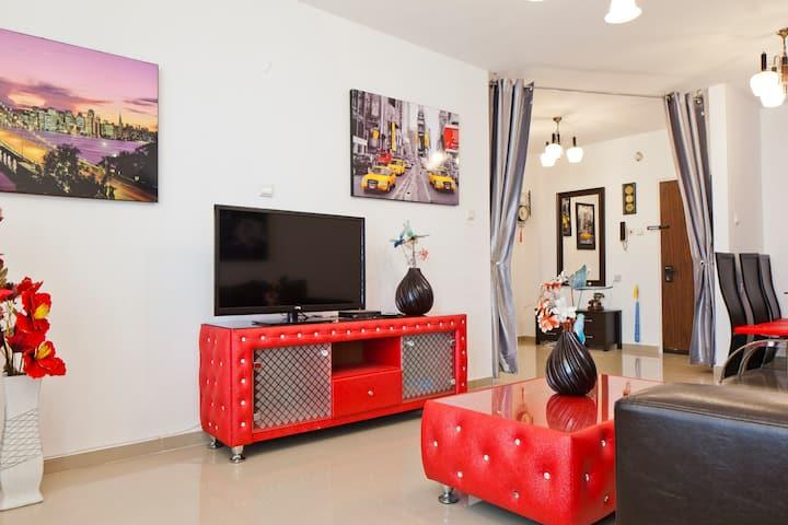 Selinger Apartment