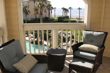 Luxury, beachfront condo - steps to the beach - Galveston - 公寓