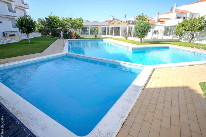 Apartment with pool - Apartment Oura Claudios