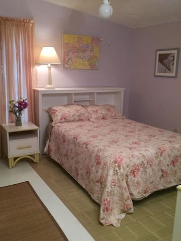 Old Florida Charm with Zen Ambience - Sarasota - Bed & Breakfast
