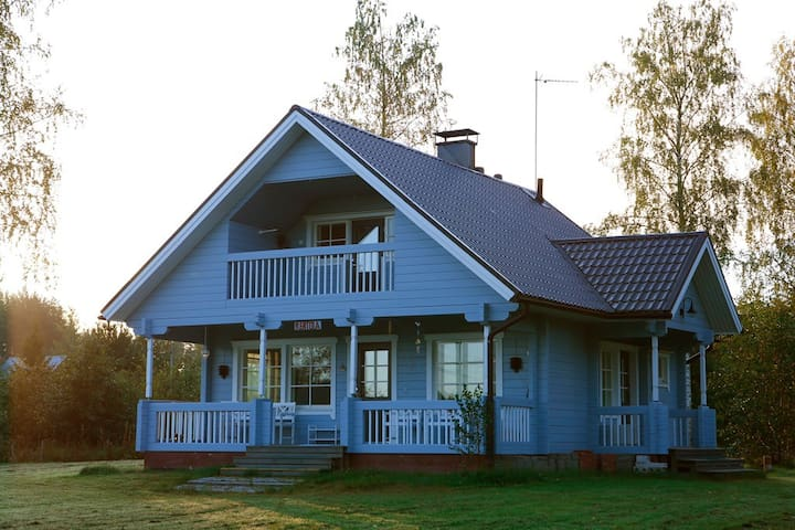 6 ppl Lake side cottage with sauna - Mikkeli - Ház