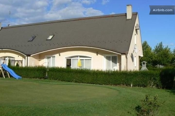 GOLF IN HUNGARY, APARTMENT FOR RENT - Bük - House
