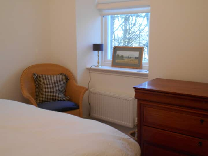 Charming double room with sole use of  bathroom