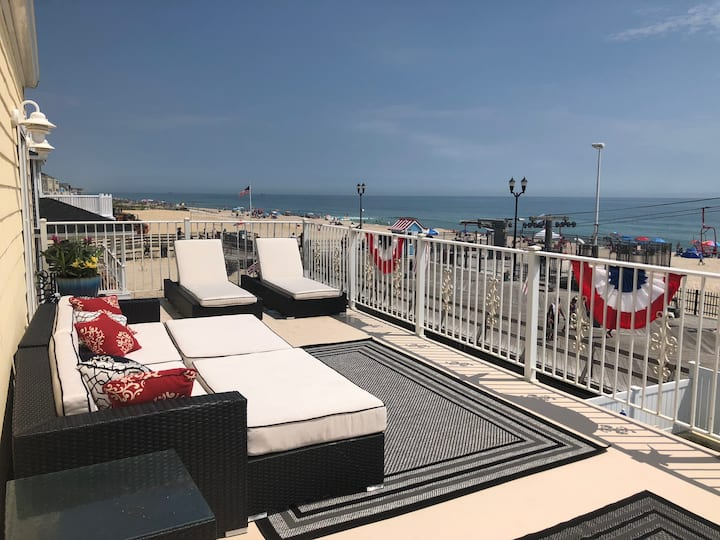 Oceanfront Condo available ALL year!