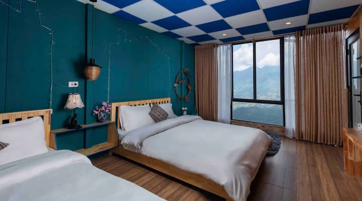 Twins Room - Blue Mountain View