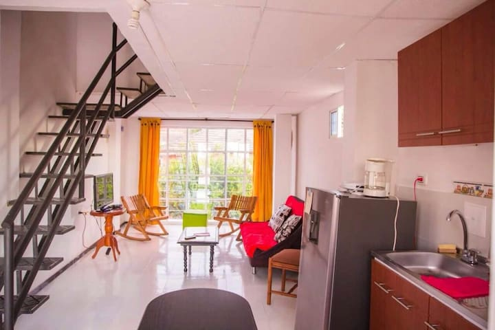 Cozy apartment 5 mins to the old city and airport. - Cartagena - Lägenhet
