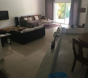 Jumeira Villa - Dubai