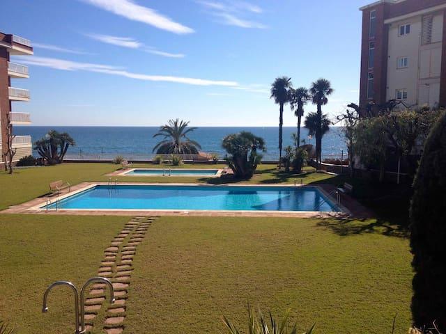 Luxury apartment in front of the sea - Sant Andreu de Llavaneres - Apartment