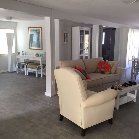 Ground Floor Just 365 Steps To Beach Guest Suites For Rent In St Augustine Florida United