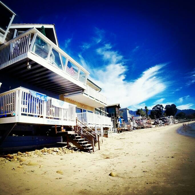 Charming Montecito Beach Cottage!