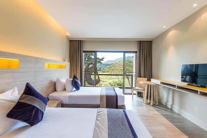 Chatrium Golf Resort_Deluxe Room 40 sqm - Chanthaburi - Oda + Kahvaltı