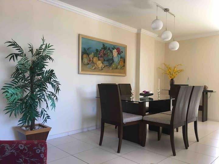 Apartamento 2 quartos com suíte no Miramar