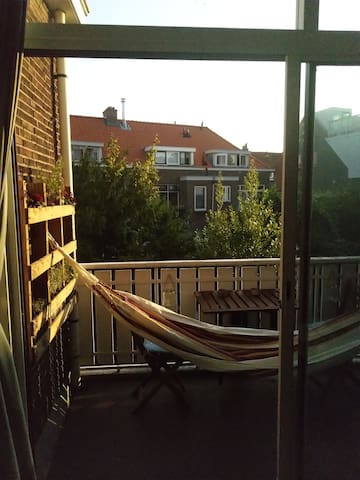 Light and cosy apartment in green area Rotterdam.