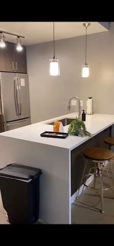 Upscale Atx View | 1BD/1BA Downtown Apartment