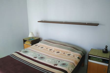 Double bed and Private bathroom - Sliema - Apartment