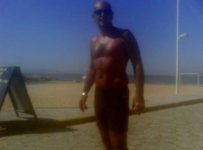 de frente a praia quarto de casal - Biguaçu - Pis