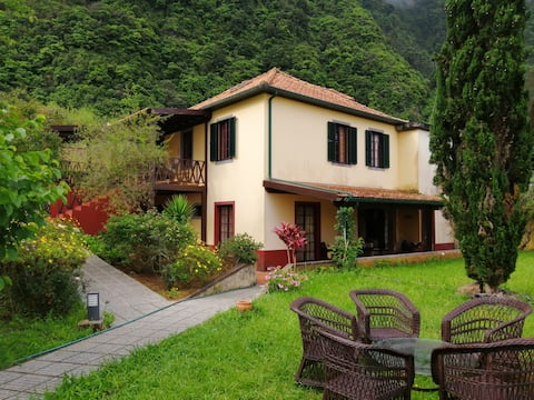 Casa da Lagoa - BB or HB options. Pet friendly 🐾