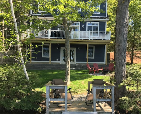 Brand-New, Open-Concept Lakefront Home
