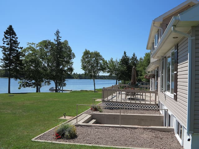 Gorgeous River Beach Front Home-83 Mill River PEI