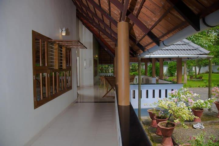 Garden villa Private room 2- Waves and shores