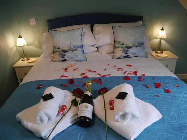 Super Romantic Hideaway at Cloud Nine