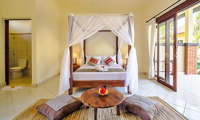 Loka Pala charming room3