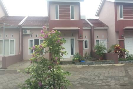 Radja Daily Rent House, Lokasi Sangat Strategis!!