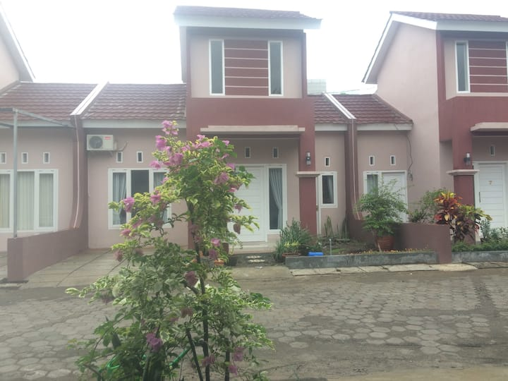 Radja Daily Rent House, Lokasi Sangat Strategis!!