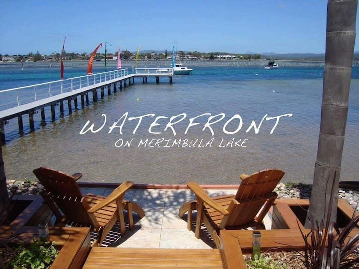 """Waterfront"" on Merimbula Lake 2 Bedroom Apartment"