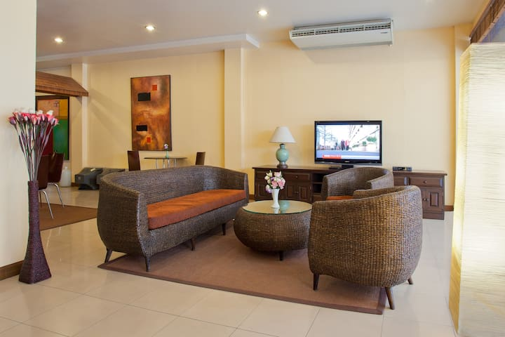 Boutique Rooms in the heart of Bangla, Patong.