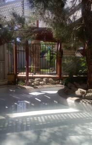 Cozy Private Guest House - Hesperia