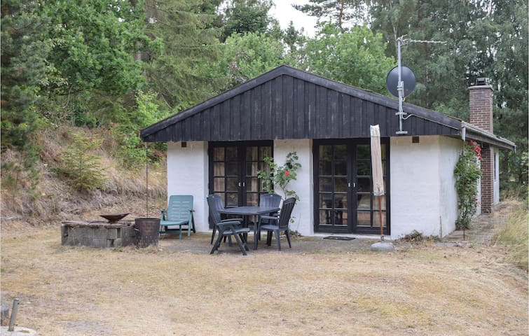 Holiday cottage with 2 bedrooms on 94m² in Knebel