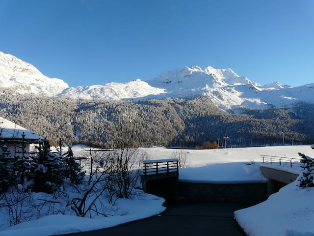 ST. MORITZ - SILVAPLANA: RELAX WITH LAKE VIEW - Silvaplana - Daire