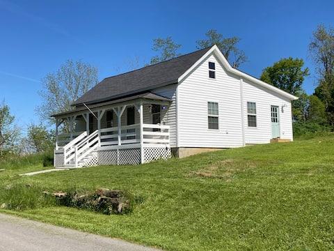 Sea Glass Farm - Bourbon/Bluegrass Escape