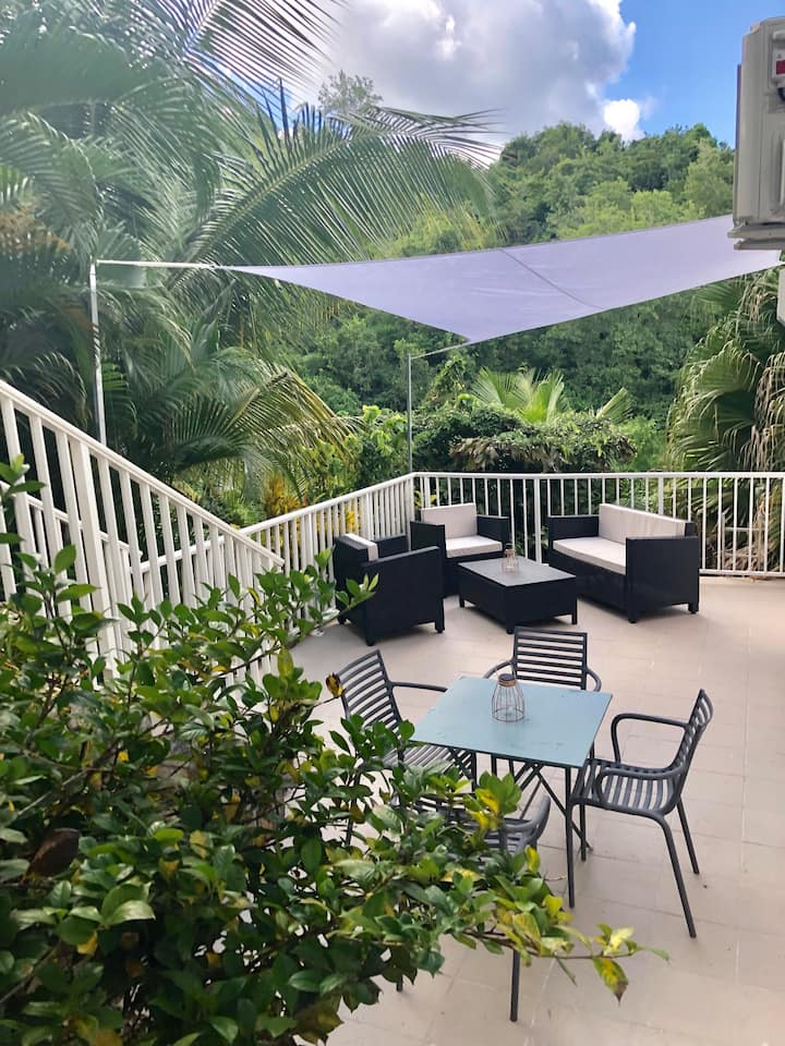 Ti Colibri, votre nid tropical à l'Anse Mitan