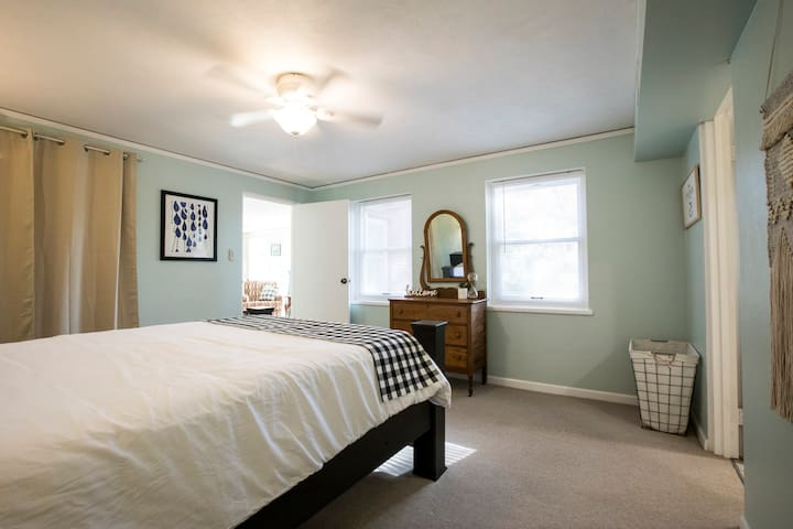 Master suite has a very large walk in closet complete with luggage rack