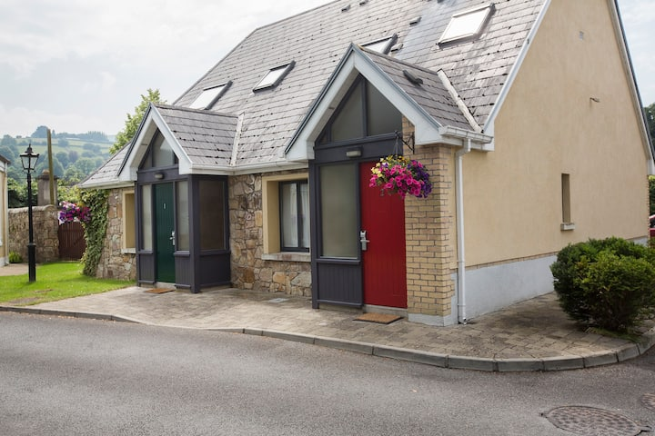 Self catering 2 bedroom lodges at Hotel Minella