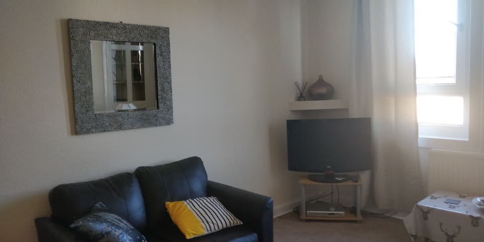 Beautifully presented two bedroom flat