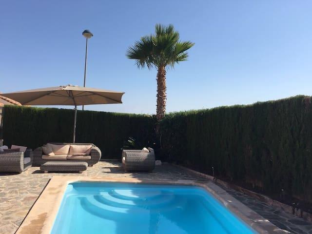 Alicante-El Campello beach -villa - Mutxamel