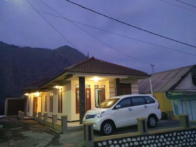 Villa Tengger ASRI 3 Near Bromo Mountain - Sukapura - Villa