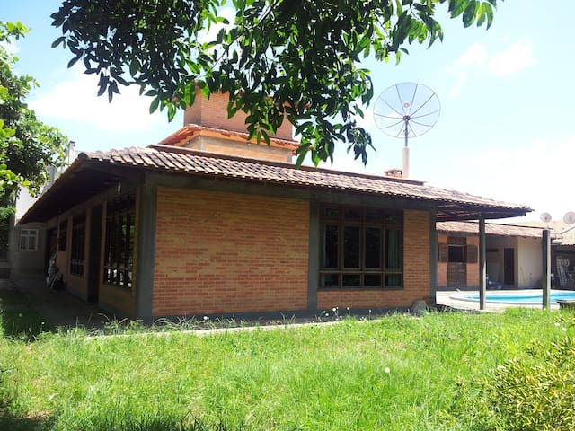 CASA CERCADA DE VERDE - Navegantes - Гостевой дом