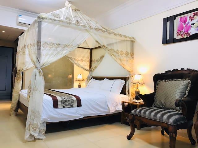 【海陵郡主】180度超广角/高层18楼/正海景/出海滩2分钟/免费厨具可做饭浪漫大床房
