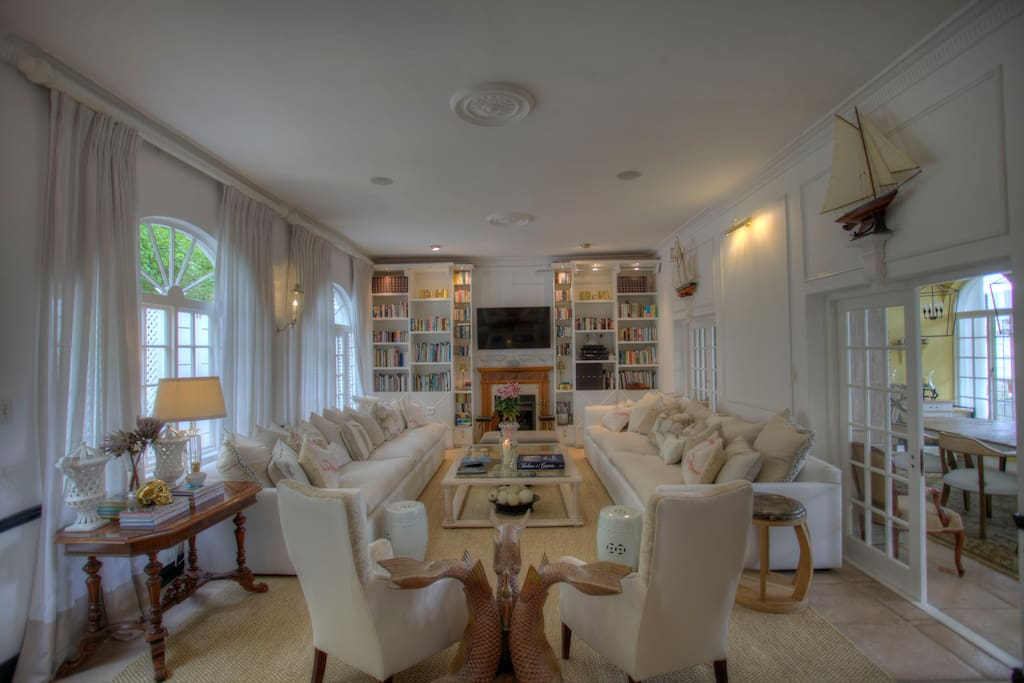 Super luxurious lounge with library, TV and sound system