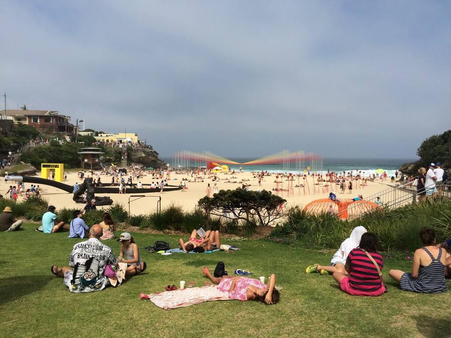 Tamarama Beach - 7 minute walk