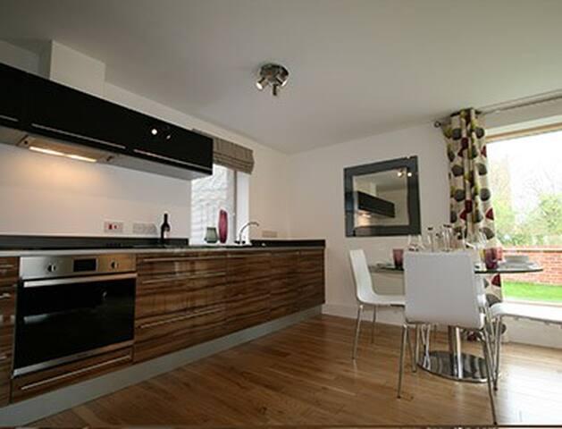 Blazer - apartments 2 bed penthouse